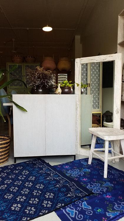 Sim Cabinet