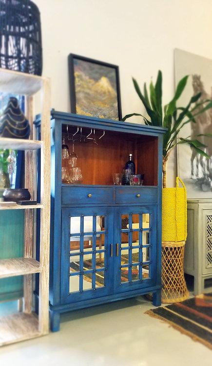 Sara Bar Cabinet
