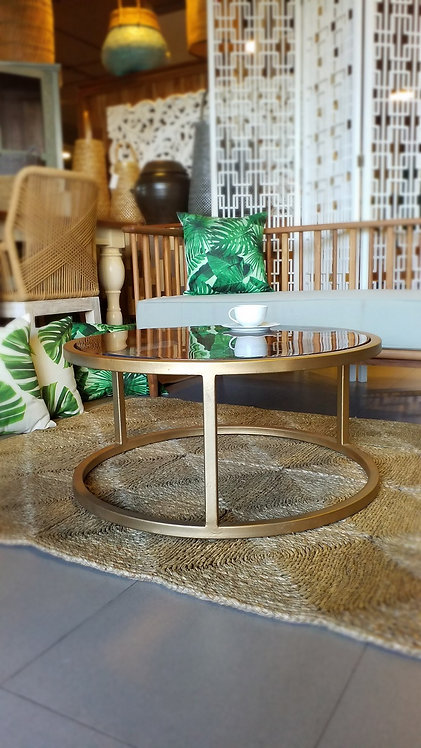 Resin 80 Round Table