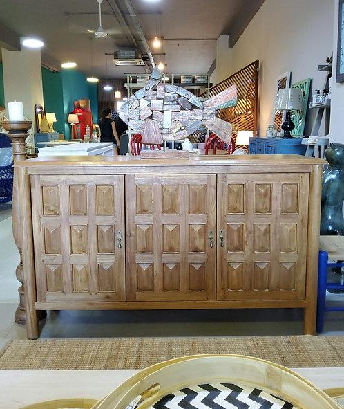 Meeli  Cabinet  150