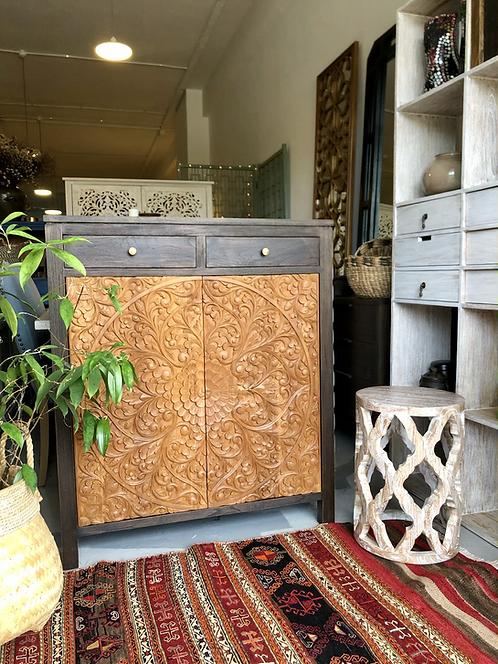 Flora 22 Cabinet