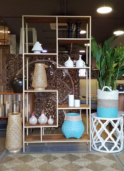 EeMo Display Shelf