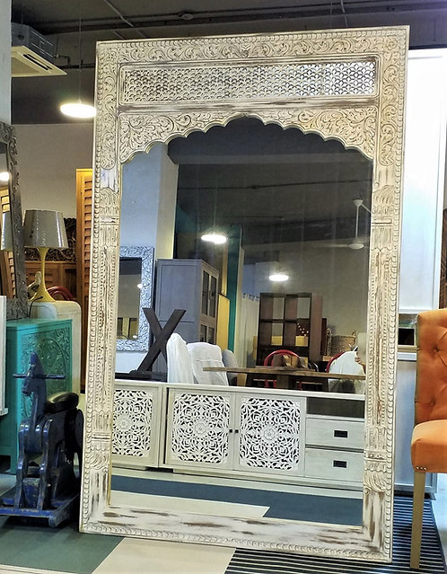 Taj 130  Mirror