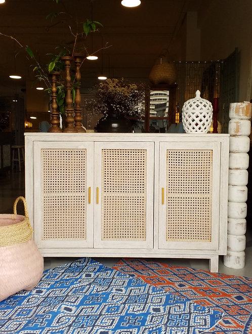 Lamba 3 Cabinet 150
