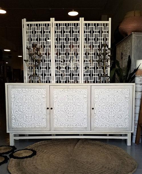 Flora 3  Cabinet