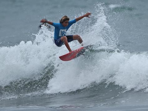 Hang Loose Surf Attack - Tudo ou nada na Baleia