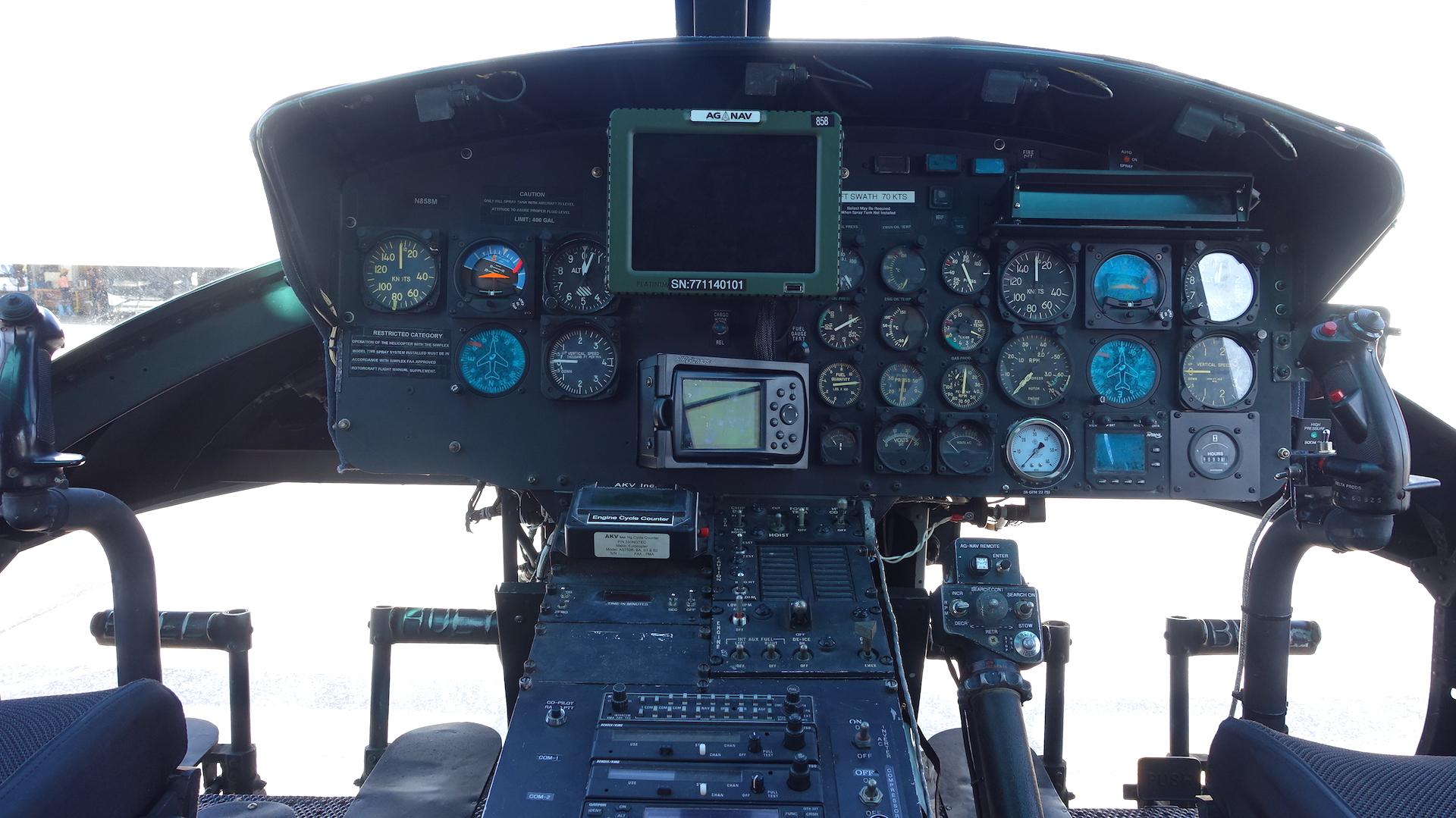 N858M Inst Panel Spec