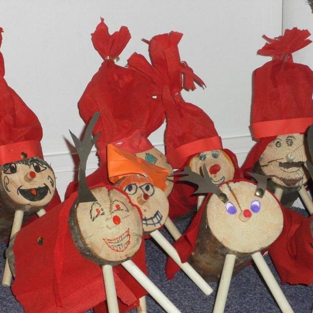 Tio de Nadal by Robert Gordon's Junior School, Aberdeen, Scotland