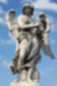 800px-Angel_Ponte_Sant_Angelo_crown_thor