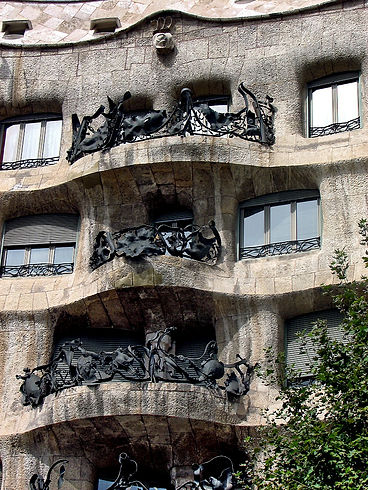 CasaMila-Balcons.jpg