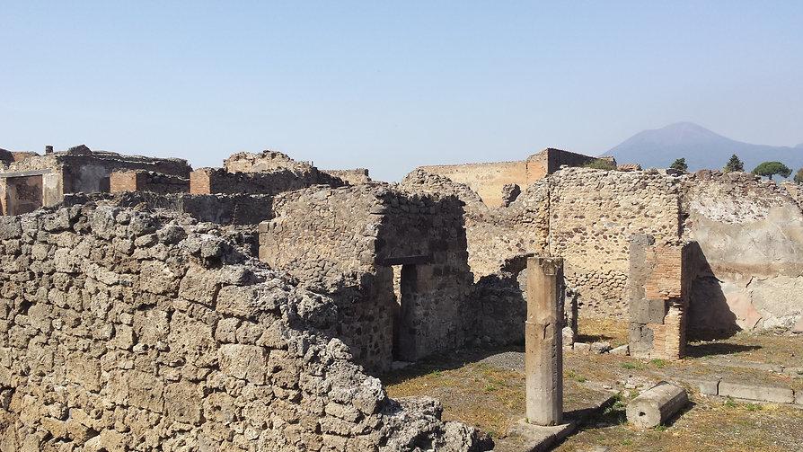 Pompei town view 4.jpg