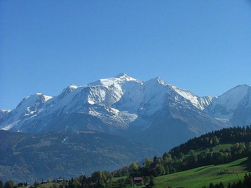 1200px-Mont_Blanc_oct_2004.JPG