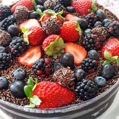 Especial: Brigadeiro + adição de frutas vermelhas