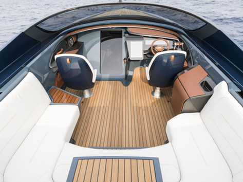 AM Boat Fridge