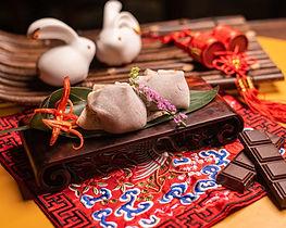 吃厭了傳統月餅?純素奶黃、櫻花蝦芋泥麻糬、惹味辣椒朱古力⋯⋯本地、台灣特色月餅大集合!