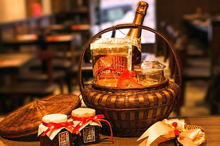 Christmas 2020: Where to find the best gift hampers