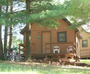 Single bedroom w/loft camping cabin $80