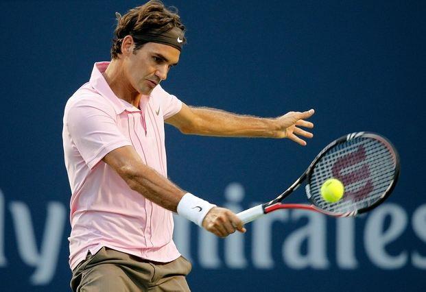 """Backhand tenis associado a epicondilite lateral do cotovelo(""""tennis elbow"""")"""