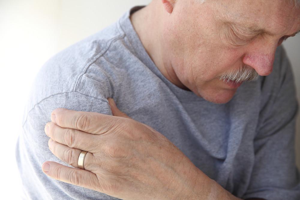Localização da dor da bursite do ombro e tendinite do manguito rotador