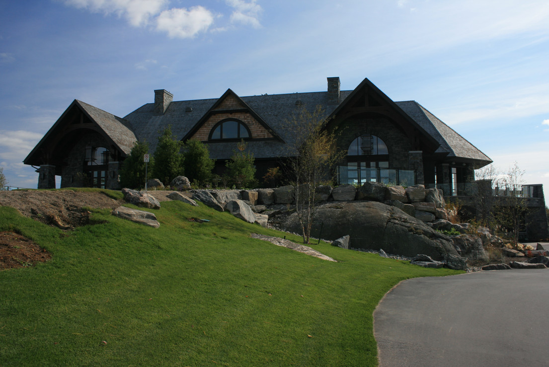 Muskoka Bay Club House