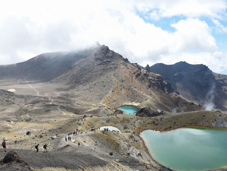 Jess is a Wanderer on the Tongariro Alpine Crossing