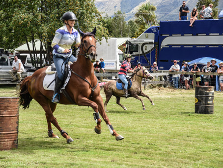 Jess is a Wanderer at Glenorchy Races