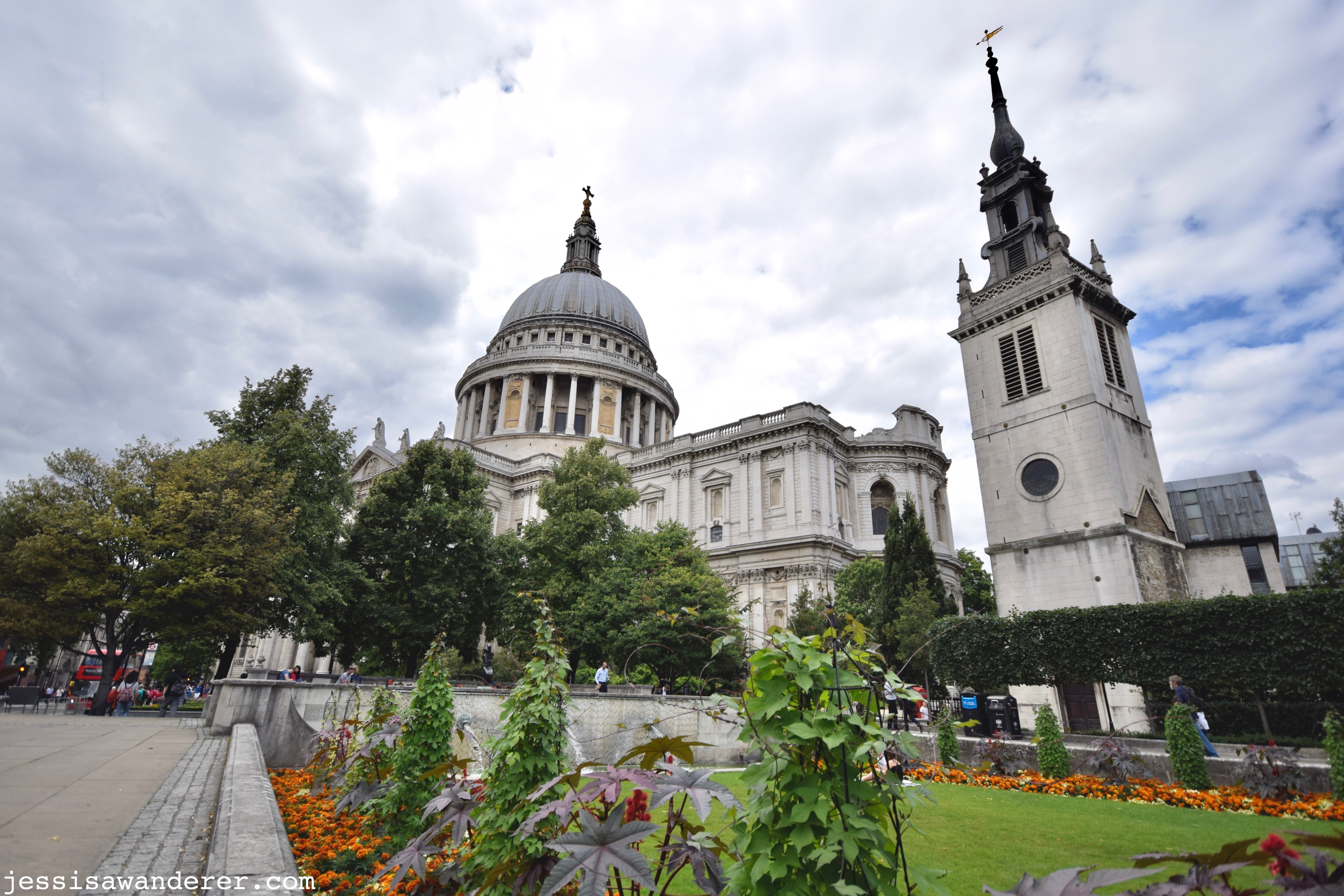 St. Paul's Cathedral & Gardens