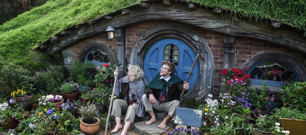 Doorstep Hobbits
