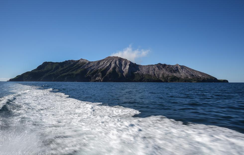 Approaching White Island