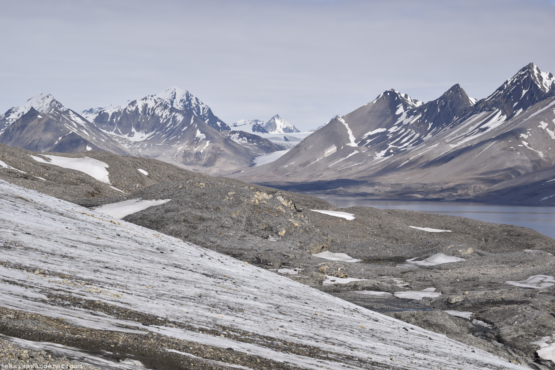 Glacier & Mountains