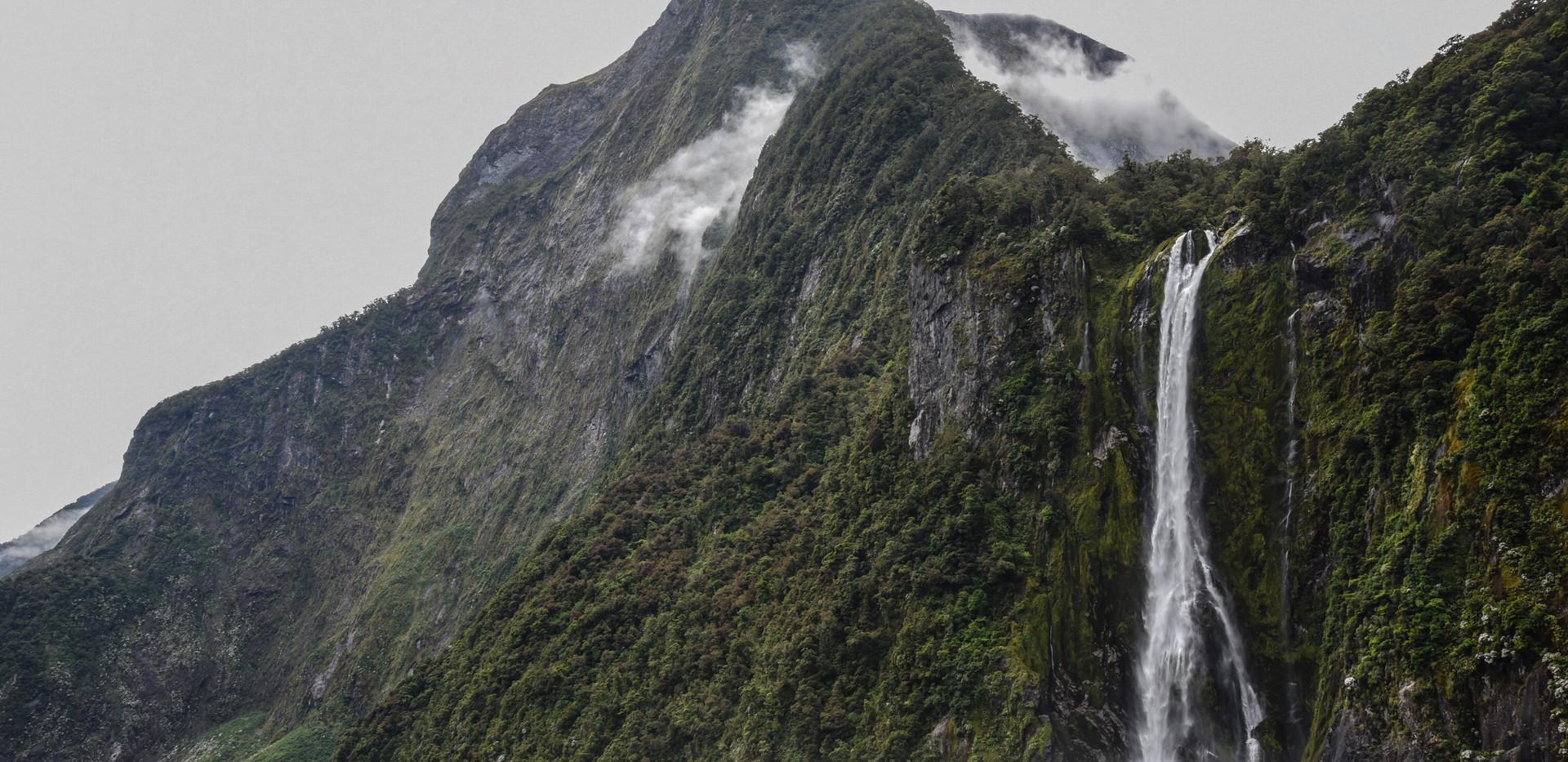 Peak and Falls