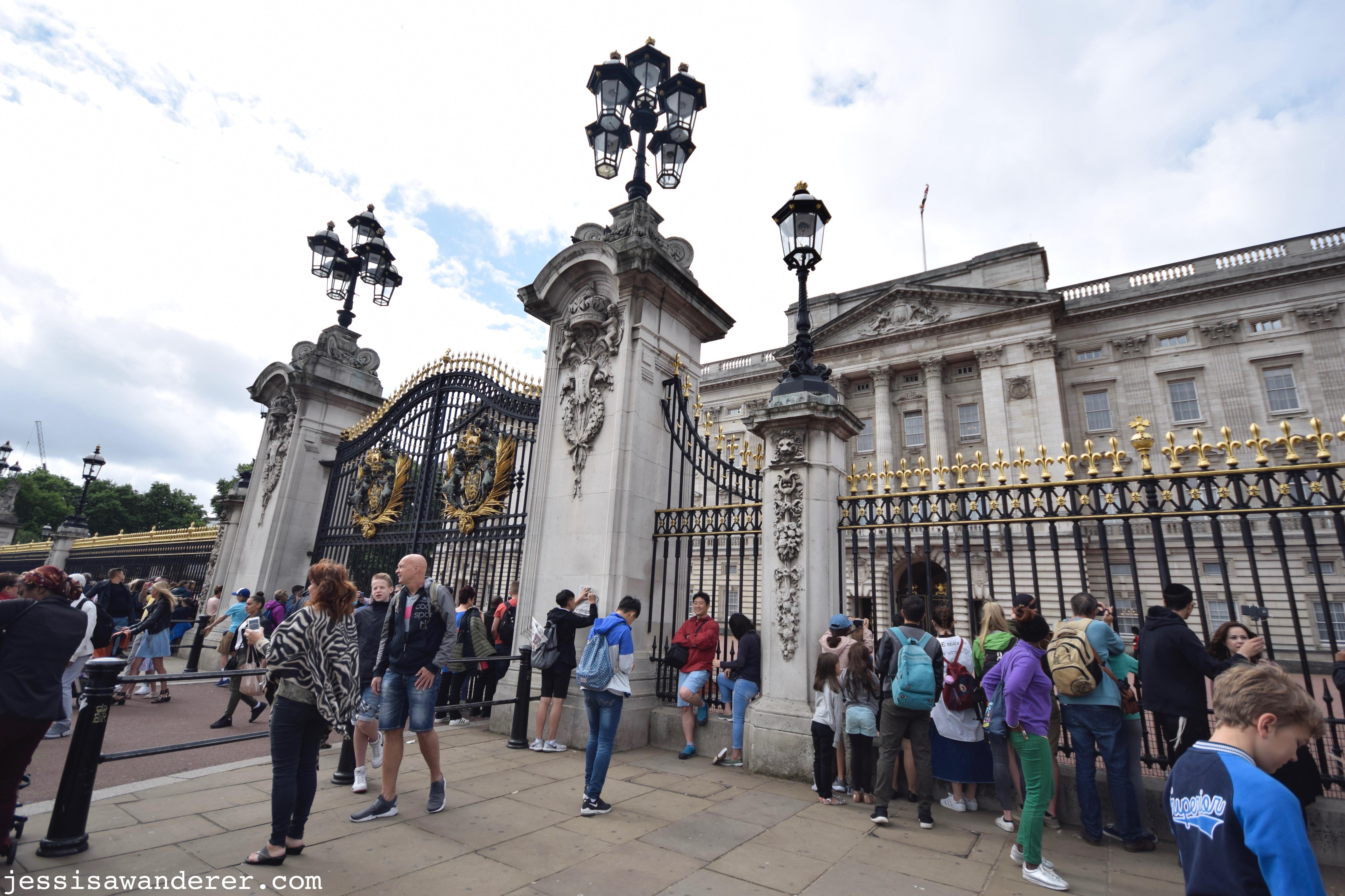 Busy Buckingham Gates