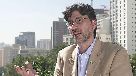 SAMUEL BARRETO - O MODELO DE CAPTAR, USAR E DESCARTAR ÁGUA É ARCAICO