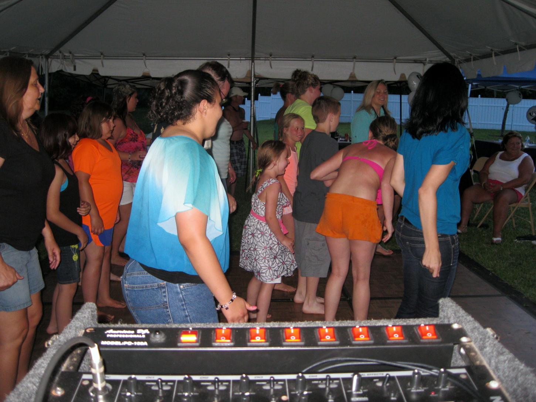 Dancing To Jacksonville DJ