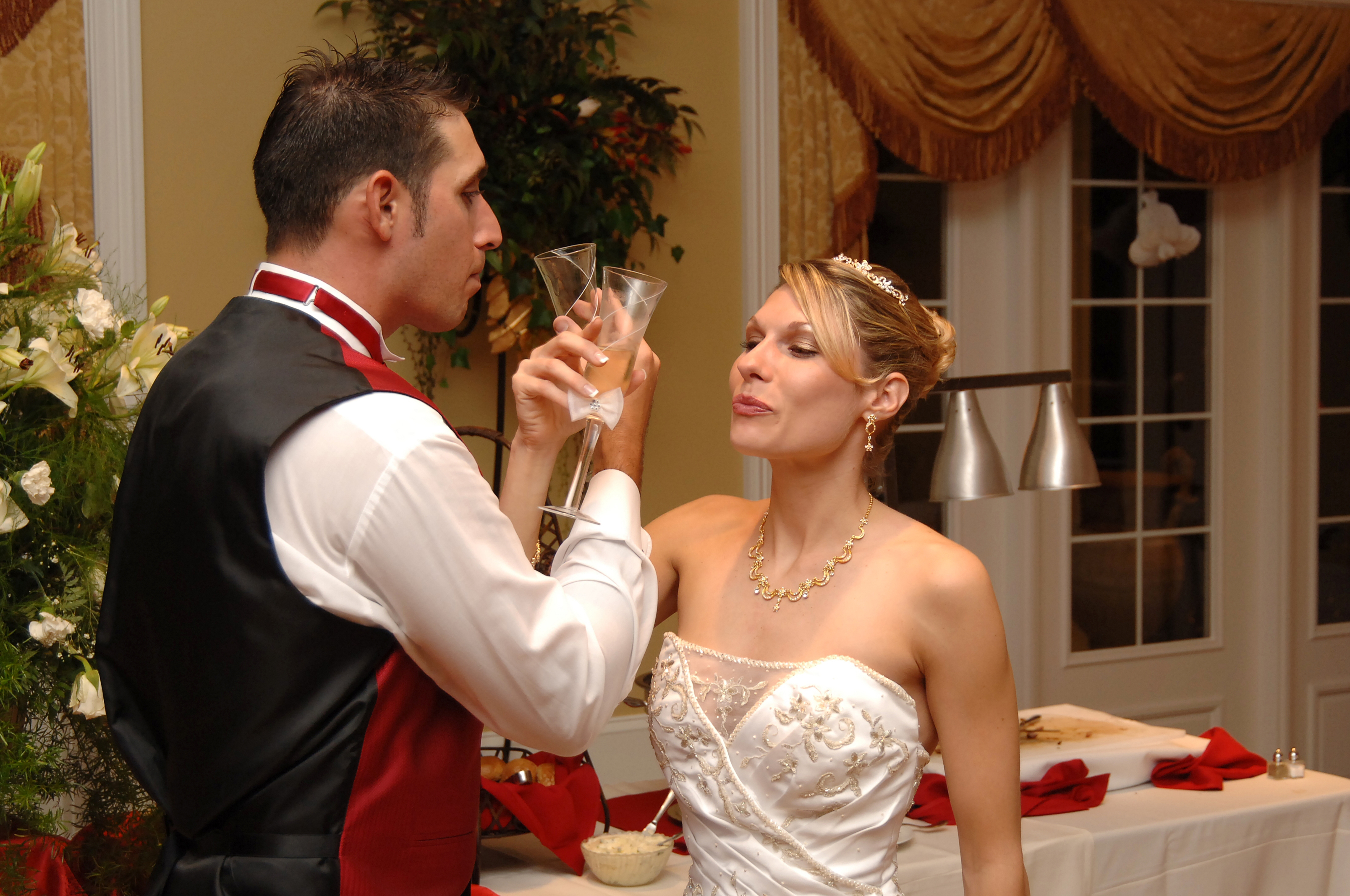 Cheers to the Bride & Groom!