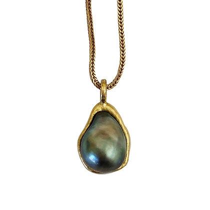 Black Tahitian Pearl Charm