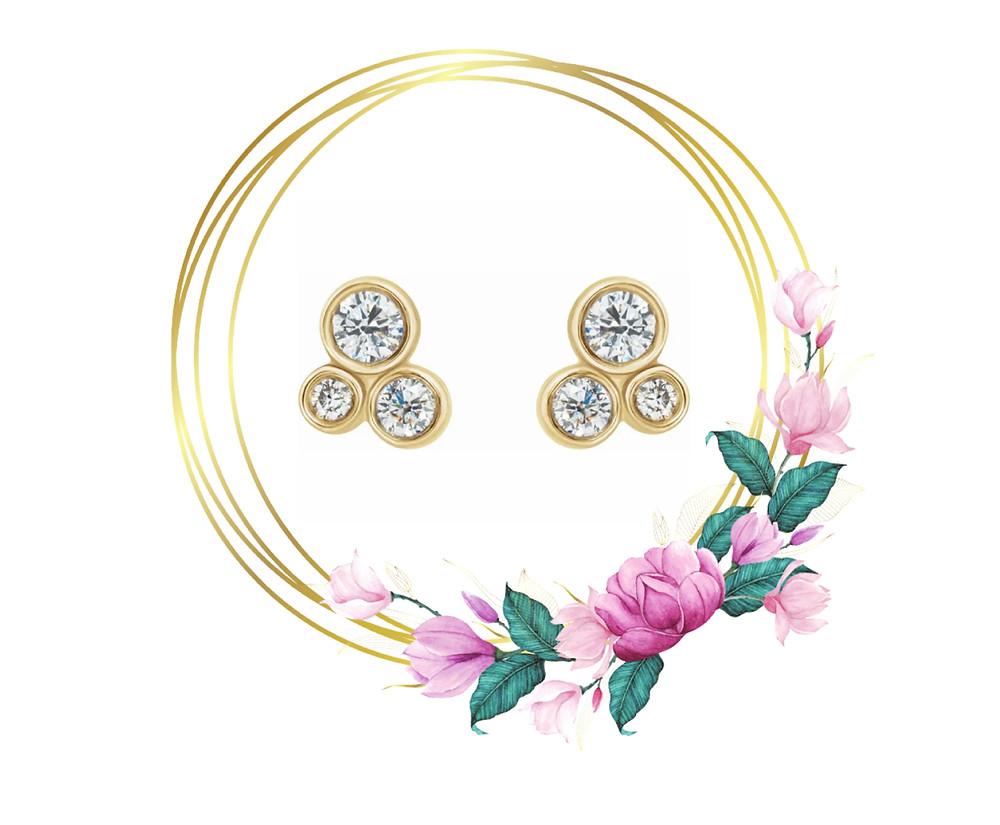 Three Round Diamond Stud Cluster Earrings 14 karat yellow gold post