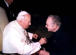 Mgr et le Pape 2000