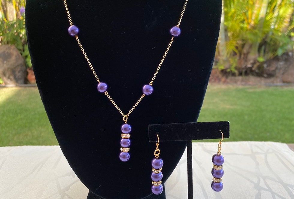 Swarovski purple Pearl necklace and earrings set