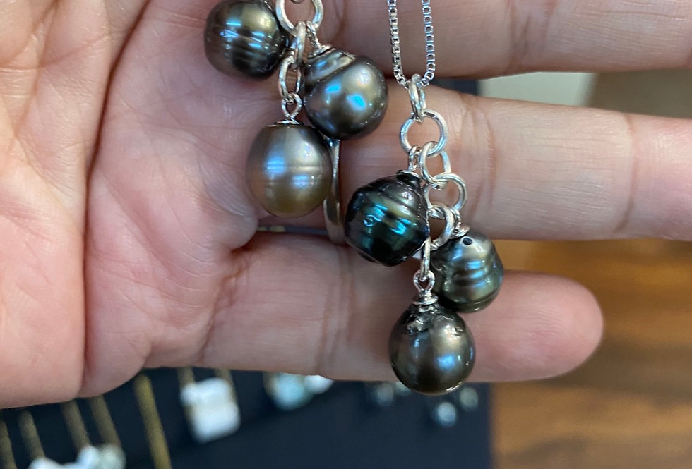 Sterling silver necklace authentic Tahitian pearl's three