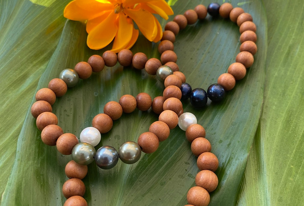 Sandalwood pearl bracelet set