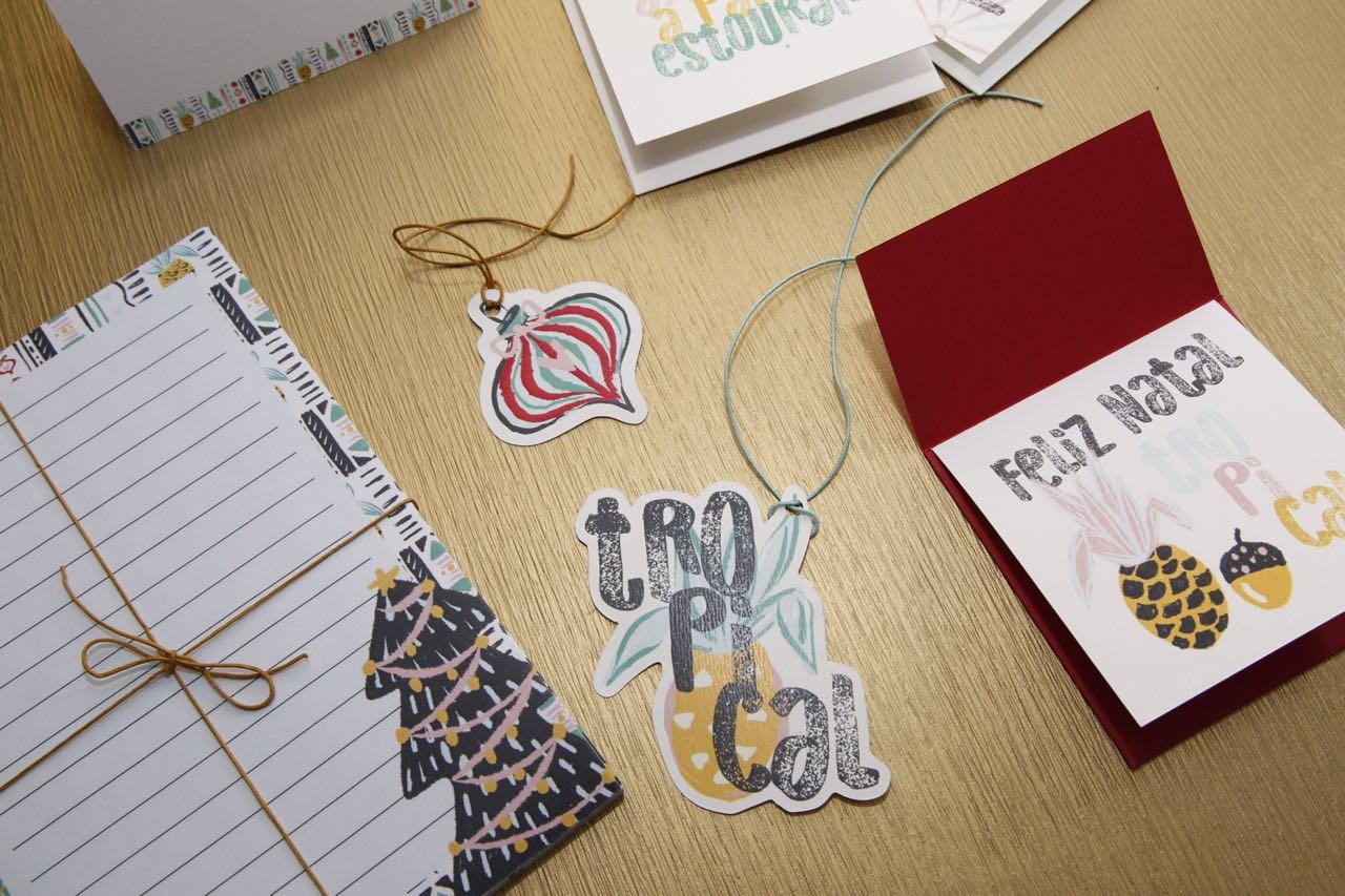 Bloco, tags e cartão de natal