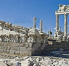 Las-ruinas-de-la-ciudad-de-Pergamo_edite