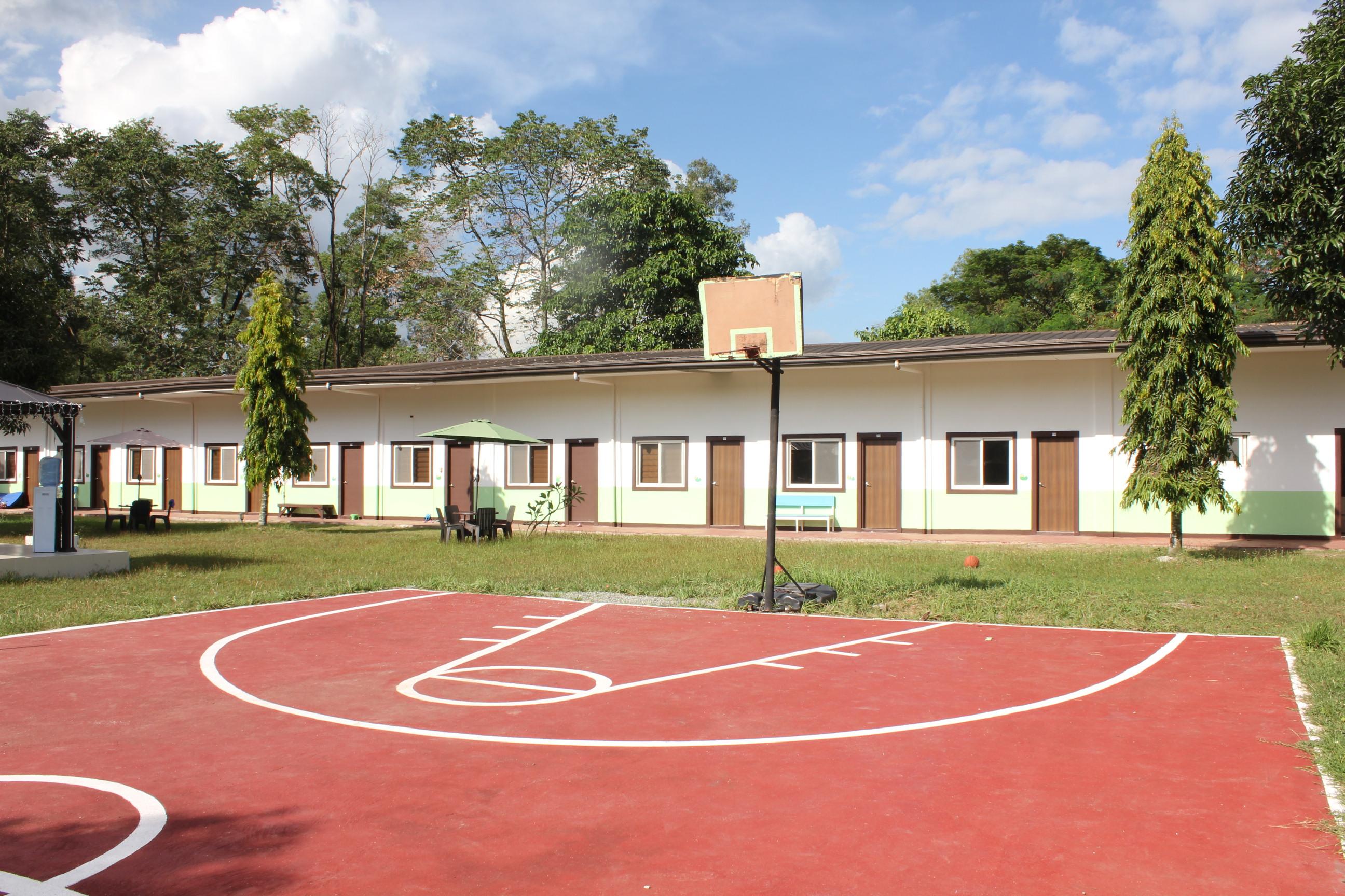 basketball court (2)