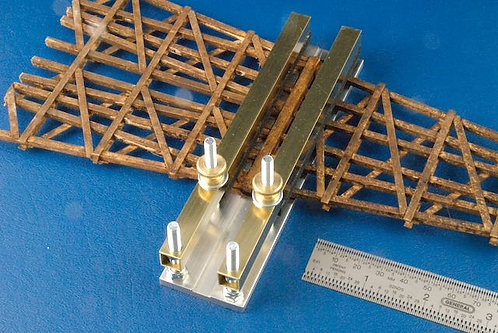 AC-23-1, 4 Inch Splice Clamp