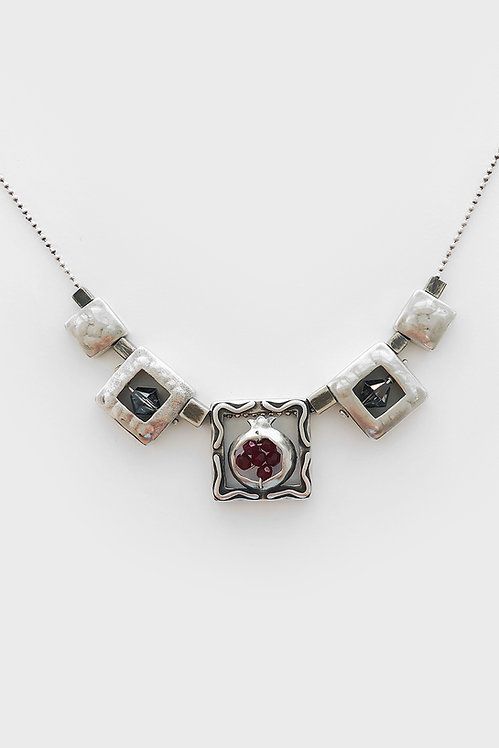 Sterling Silver Squares Necklace.