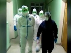 """Парфенчиков посетил """"красную зону"""" с больными COVID-19 в районе Карелии"""