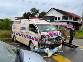 MPV crashes into SGH ambulance carrying suspected Covid-19 patient