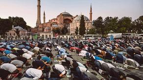 Solat Jumaat pertama di Hagia Sophia SELEPAS BEBERAPA RATUS TAHUN