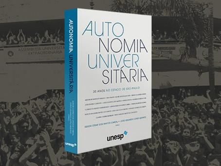 Defesa da autonomia universitária marca lançamento de livro